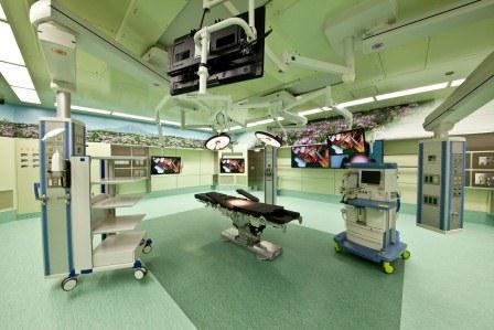 鳥取大学医学部付属病院の、鳥取県の大山をイメージした手術室