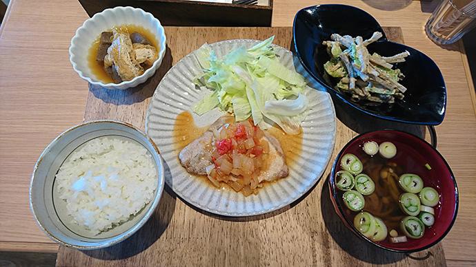 タニタ食堂定食