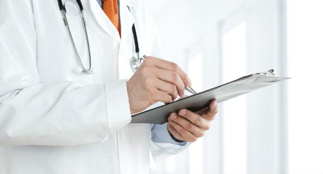 傷病手当金の申請書類には医師記入欄あり