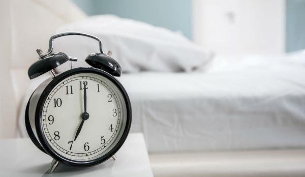 寝る時間がバラバラ